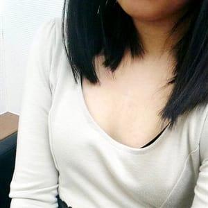 留奈(るな)【イチャイチャ癒し系】   新宿泡洗体ハイブリッドエステ(新宿・歌舞伎町)