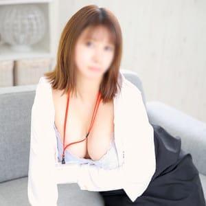 霧島りりか | e女商事 上野店(上野・浅草)