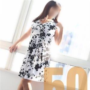 あみ【二重のパッチリ目元】 | 女群市場 性腺熟女100%(五反田)
