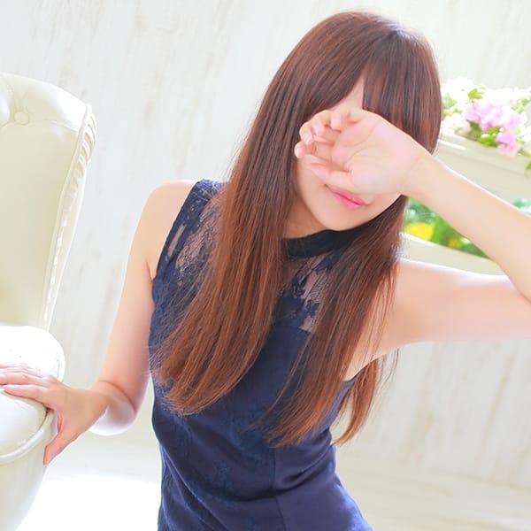 ひな【モデル級超小顔美人♪】 | ALLURE SPA(日本橋・千日前)