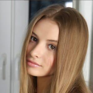 バンナ【ルックスは唯一無二です。】 | 金髪外国人デリヘル ルーシー(仙台)