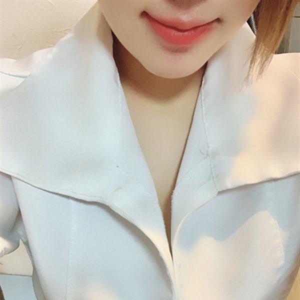 「今日は夕方から!」10/26日(金) 16:57   まなみの写メ・風俗動画