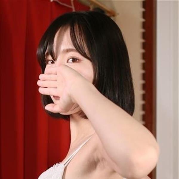 みな【色白清楚系Dカップ♪】 | 激安ヌキ道楽 梅田店(梅田)