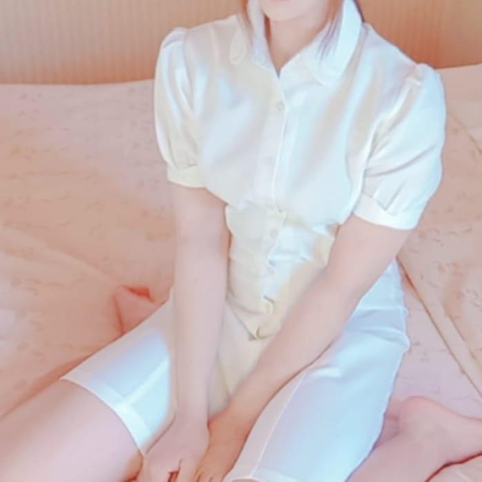なぎ【地元の黒髪清楚SS級美少女♪】   バレンタイン(福山)