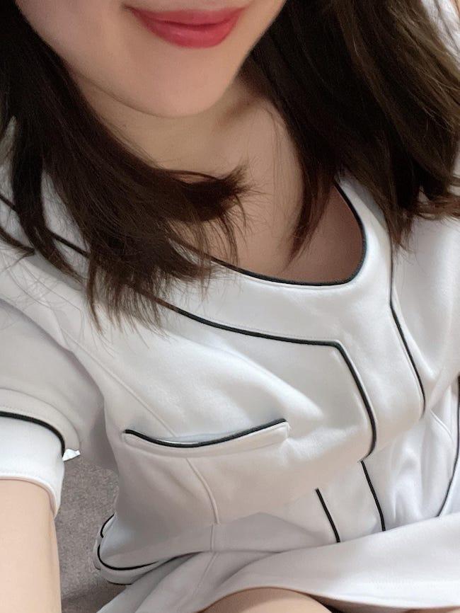 「本日残1です♡」10/17(日) 09:43   MAKIの写メ