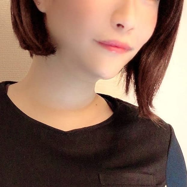 メグ先生【当店の癒し系あいどる!】   Aroma Teacher(福岡市・博多)