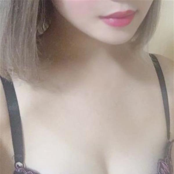 ゆの『美白美人』【シルク肌の敏感美女】 | スリーピース 本店(名古屋)