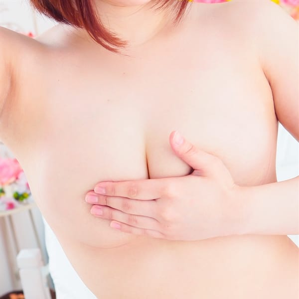 ななせ【巨乳】【とにかく可愛いななせ♪】 | ラブファクトリー(札幌・すすきの)