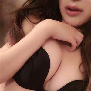 イブキ(IBUKI)【究極の癒やし系美少女】 | Cuel大阪(難波)