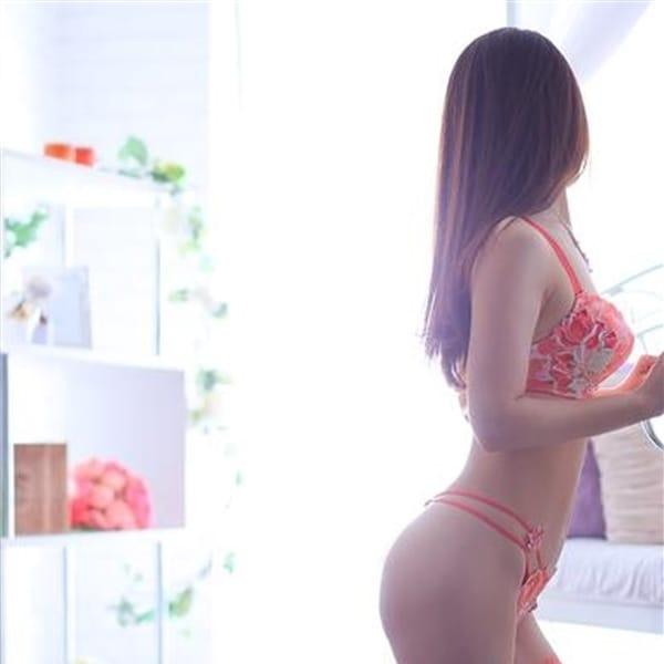 こよみ【官能的癒しと美】【色白×美乳×美脚!】 | 人妻の雫 岡山店(岡山市内)