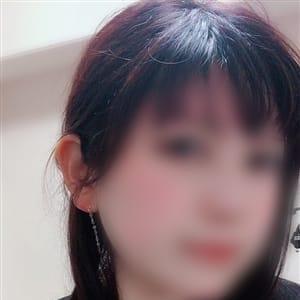 わかな【透明感溢れる清楚系】 | 大阪ぽっちゃり巨乳専門・ピンクの仔豚(新大阪)