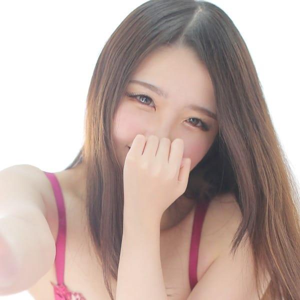 しろもも【◆萌え萌えボイスの色白美少女◆】 | プロフィール大阪(新大阪)