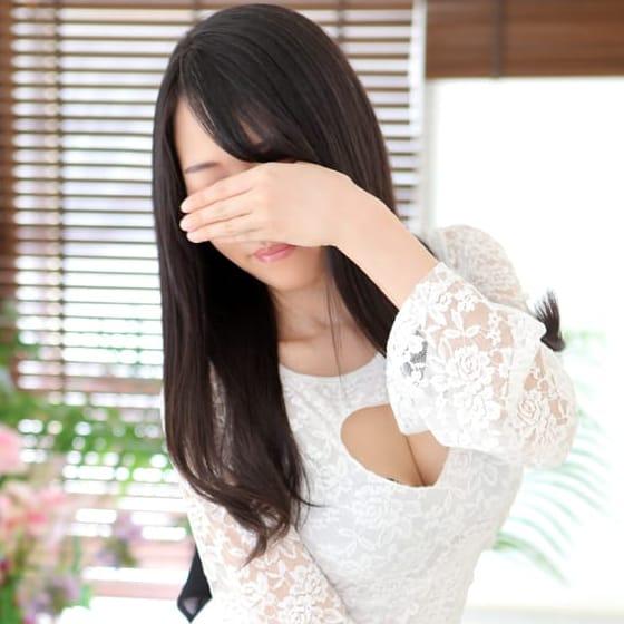 吉川【Fカップ巨乳の長身若奥様♪】 | 華恋人~カレント(鶯谷)