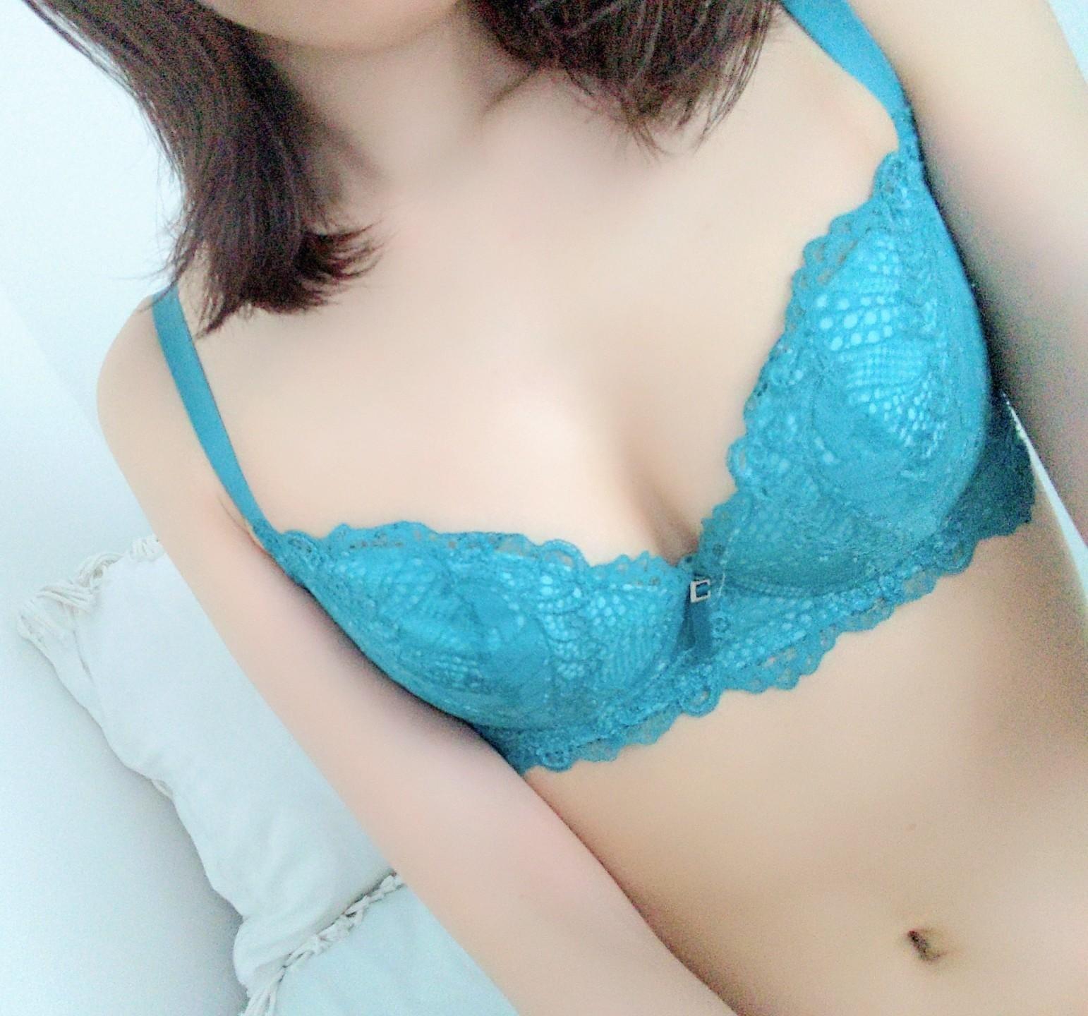 「おきしとしん」10/01(木) 22:31   神山いぶきの写メ・風俗動画