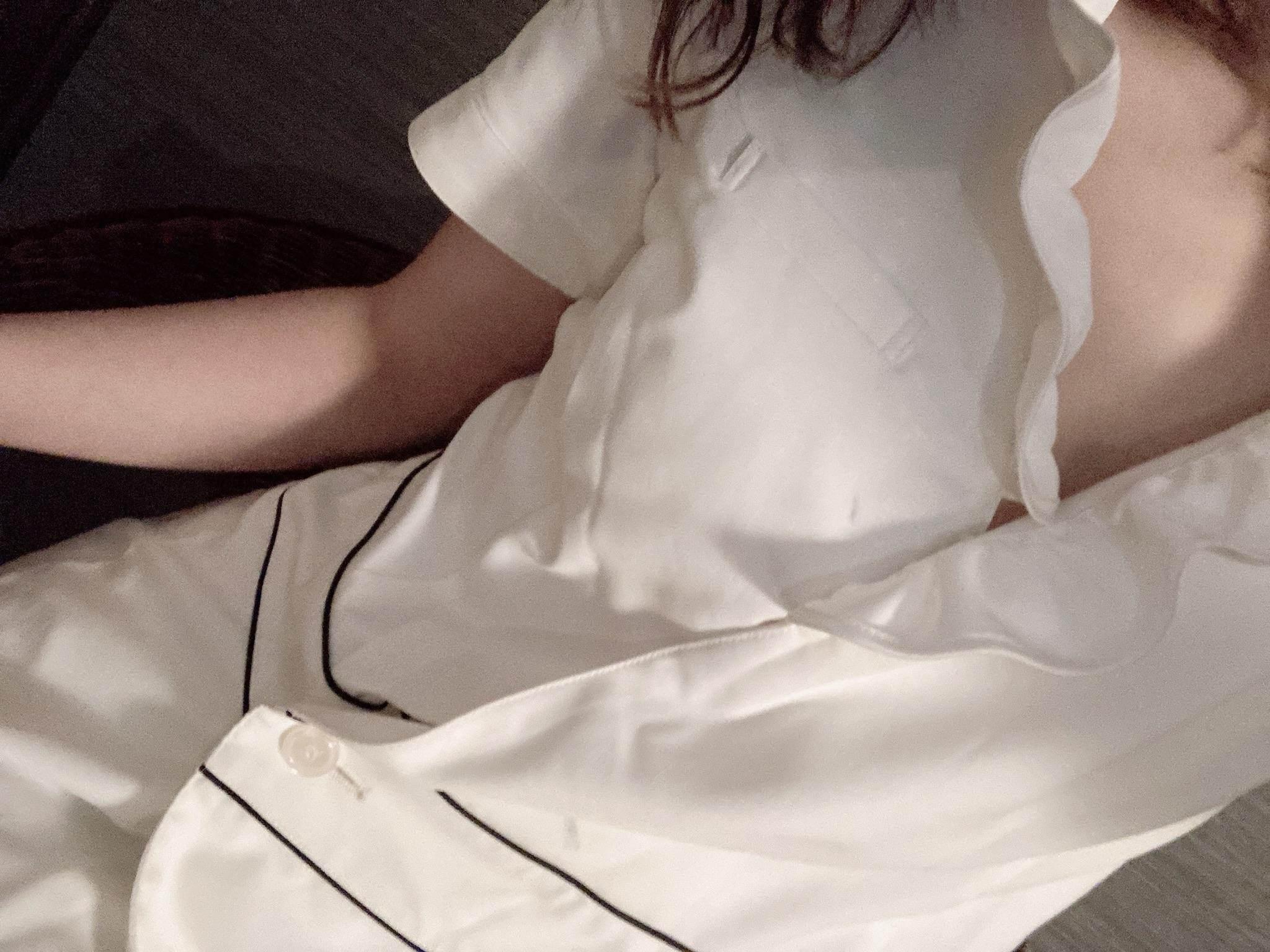 りん「U様へ(*゚∀゚*)」10/16(金) 19:37   りんの写メ・風俗動画