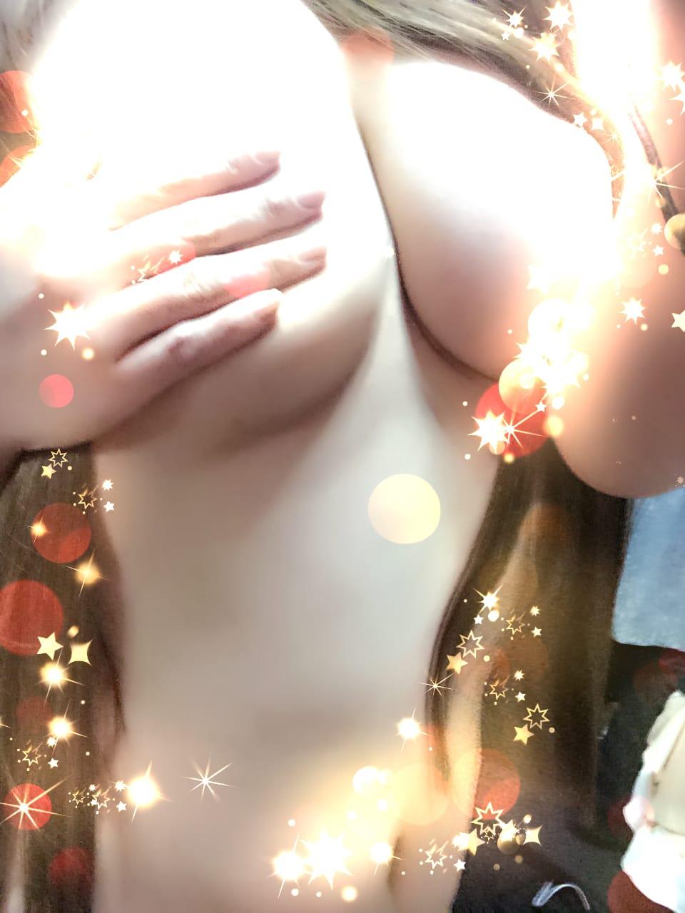 「出勤します?????*?」11/04(土) 14:59 | 荻野 あかりの写メ・風俗動画