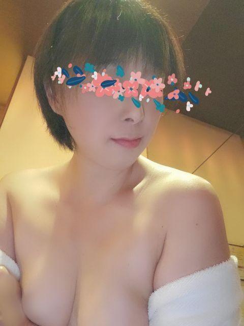 「こんにちは」10/23(金) 13:30 | 翔子の写メ・風俗動画