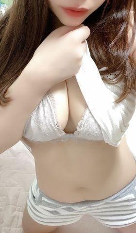「裸で毛布」11/01日(日) 01:00   まなみ☆ロリ系ガールの写メ・風俗動画