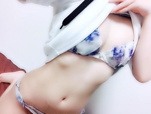 麻生 ゆり「19時までだからね!」11/30(月) 06:12   麻生 ゆりの写メ・風俗動画