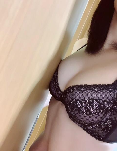「二日目!!!」12/05日(土) 14:39   あいらの写メ・風俗動画