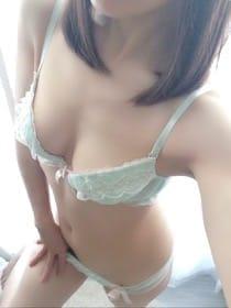 「出勤です」11/20(月) 13:10 | 百合(ユリ)の写メ・風俗動画