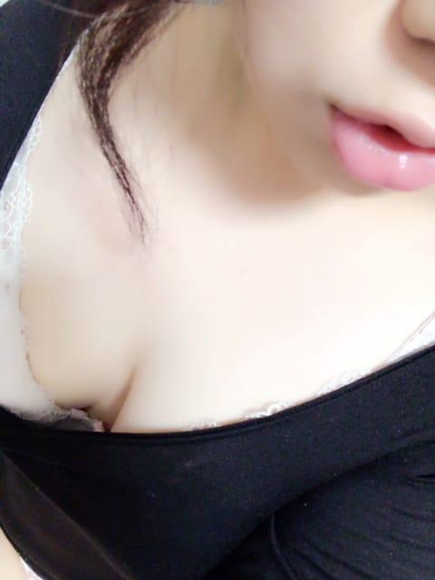 あいり「こんばんはっ♥」11/24(金) 20:02 | あいりの写メ・風俗動画