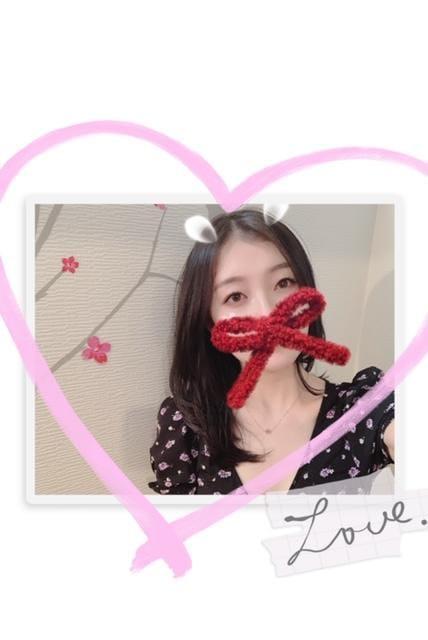 「こんばんは^ ^」01/06(水) 19:13   桐谷ユアの写メ・風俗動画
