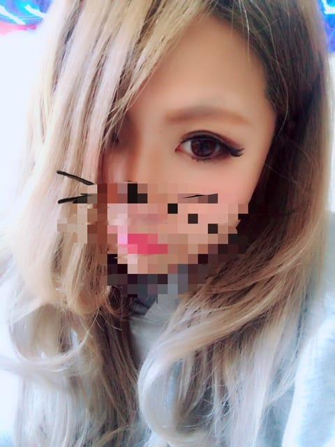 「待機」11/27(月) 00:03 | にゃりおの写メ・風俗動画