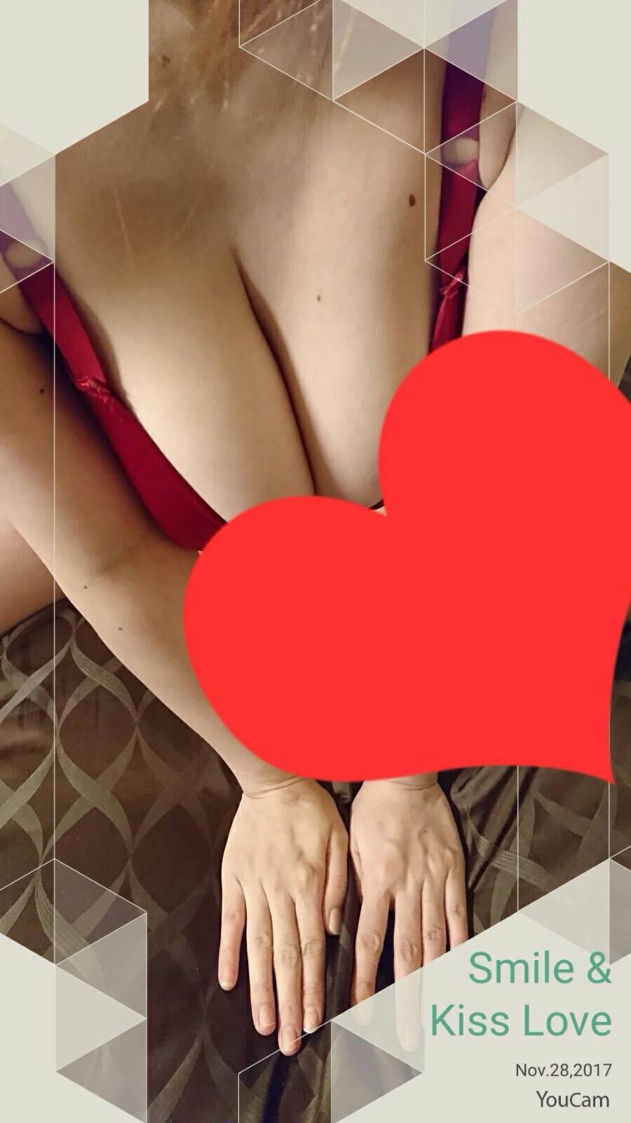 「こんばんは」11/28(火) 19:12 | 莉玖(りく)の写メ・風俗動画