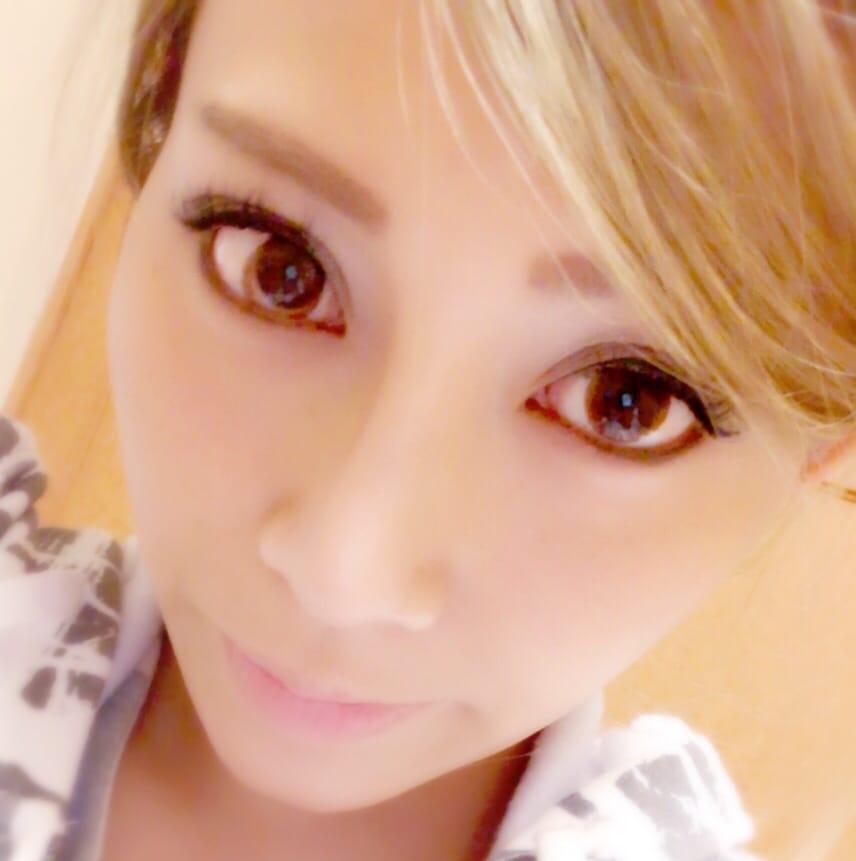 「出勤」11/28(火) 20:36 | れいらの写メ・風俗動画