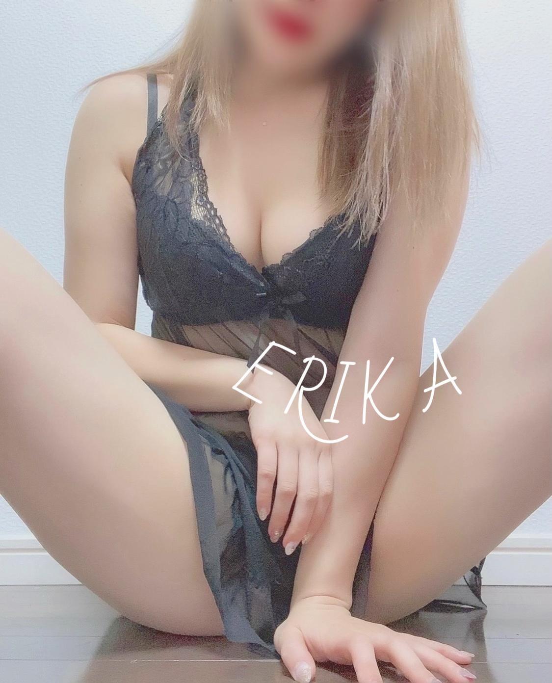 「ぎゅって込めて///」02/22(月) 11:40   えりかの写メ・風俗動画