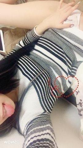 りな「待機中です♡」12/11(月) 20:05   りなの写メ・風俗動画