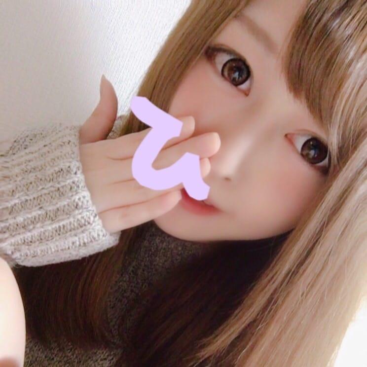 「ひな出勤♡」12/18(月) 18:55 | ヒナの写メ・風俗動画