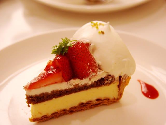 秋山 涼子「美味しいお菓子が食べたいです(^-^)v」04/18(日) 17:20 | 秋山 涼子の写メ・風俗動画