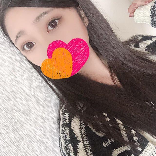 「玄関でキスして」04/19(月) 23:08 | ゆなの写メ・風俗動画