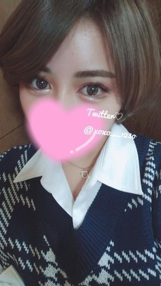 「」04/23(金) 05:03 | 乙女心 ふわの写メ・風俗動画