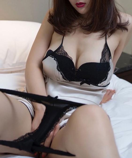 「出勤です」04/29(木) 13:54   ななみの写メ・風俗動画