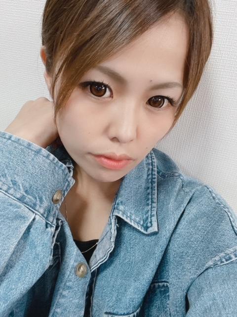 「19時出勤です!❤️」05/06(木) 17:36   るなの写メ・風俗動画