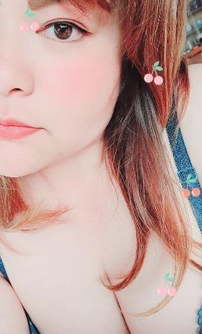 「お疲れ様です☆」05/17(月) 20:05 | 栞奈~かんな~の写メ
