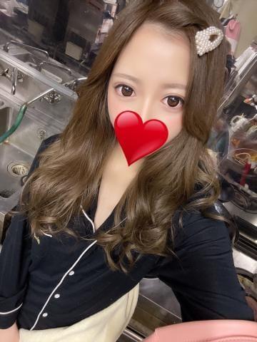 「こんにちは」05/18(火) 01:45   リカの写メ