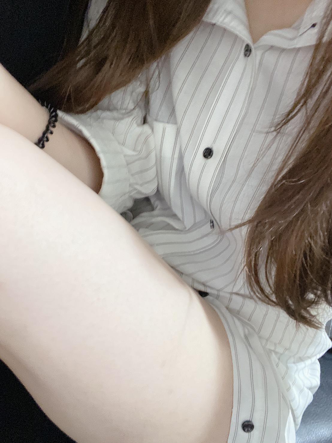 「お疲れ様です」06/18(金) 23:59   ユイの写メ