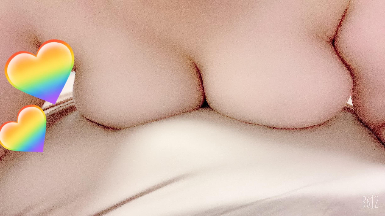 「明日出勤します(*´꒳`*)」06/20(日) 22:09   れいの写メ