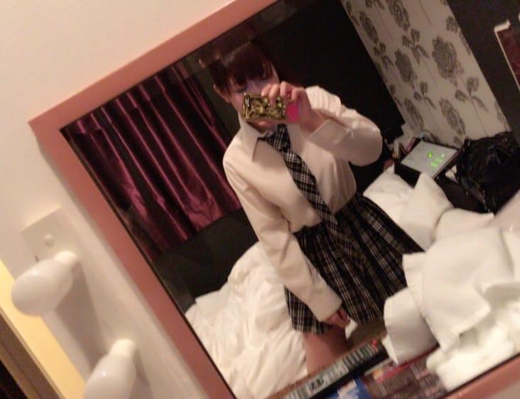 「お休み(._.)」01/10(水) 09:23 | ゆうか★初々しい業界未経験!!の写メ・風俗動画