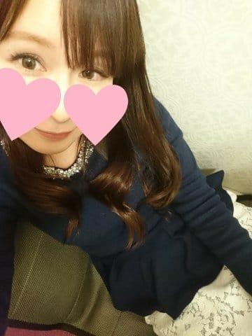 「こんばんは」01/12(金) 21:32 | 杏樹(あんじゅ)の写メ・風俗動画