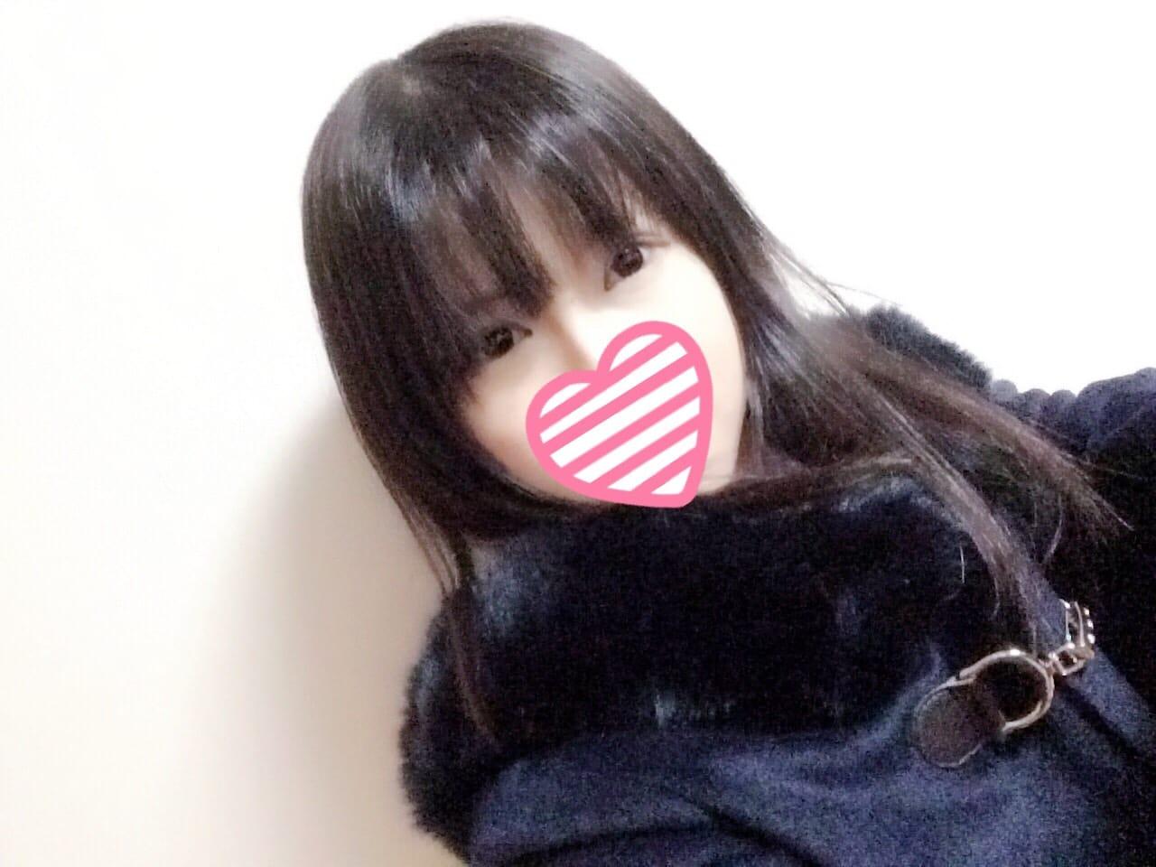 「起きちゃった><」01/15(月) 04:06   かのんの写メ・風俗動画