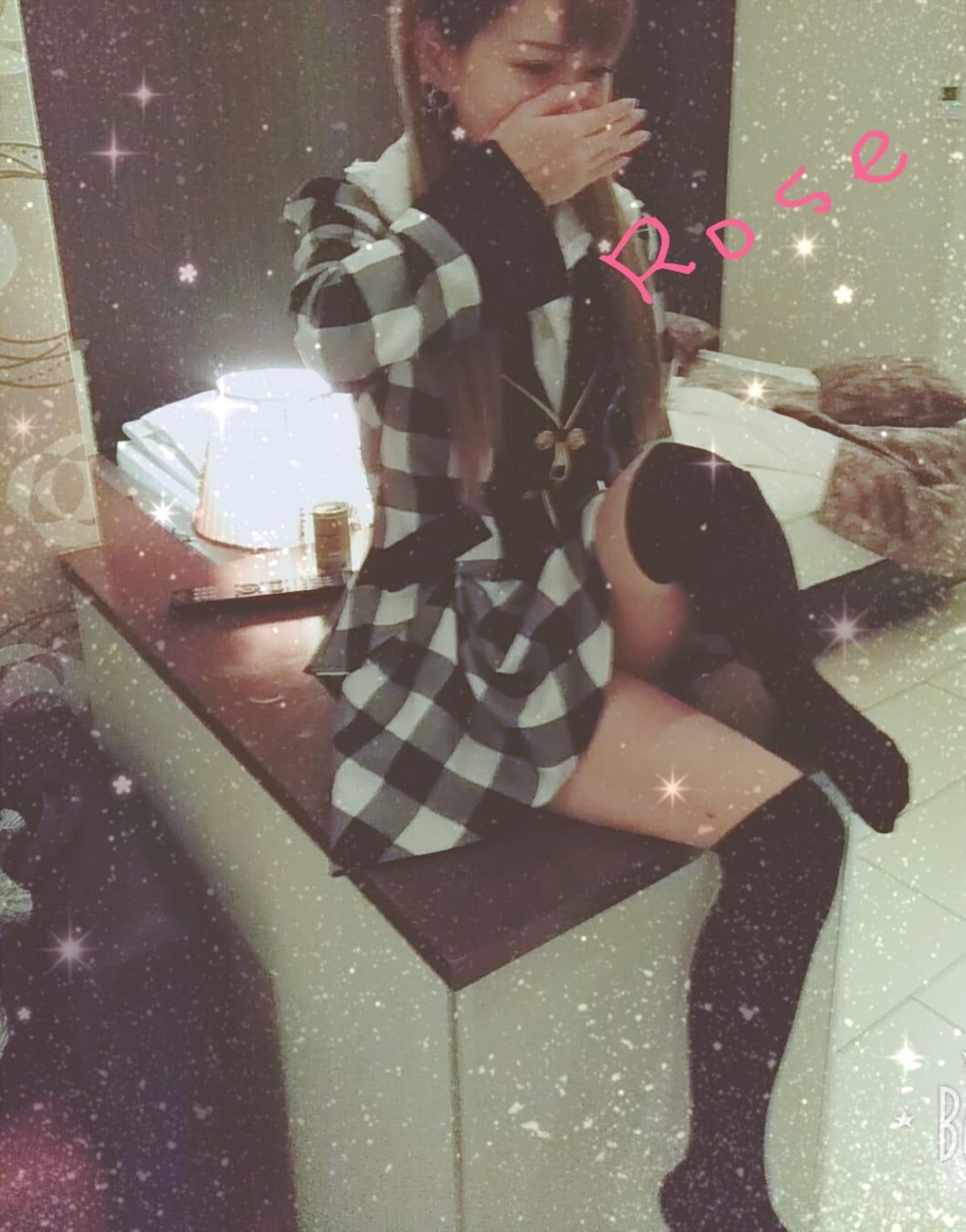 「出勤します☆」01/15(月) 12:53 | しのぶの写メ・風俗動画