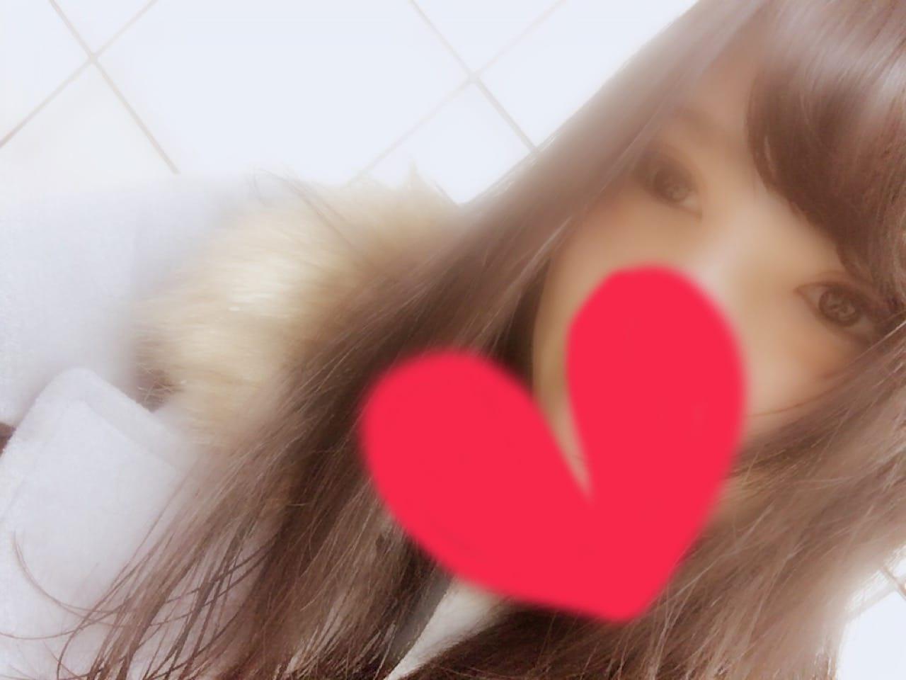 「明日」01/16(火) 20:40 | あいらの写メ・風俗動画