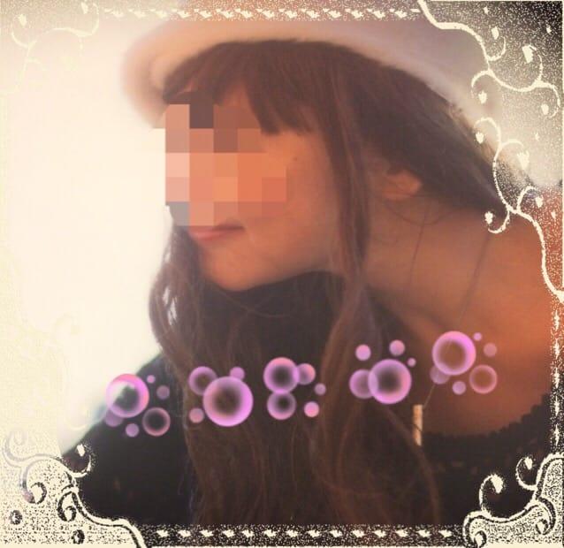 りおな「こんにちは^ ^」01/17(水) 12:32 | りおなの写メ・風俗動画