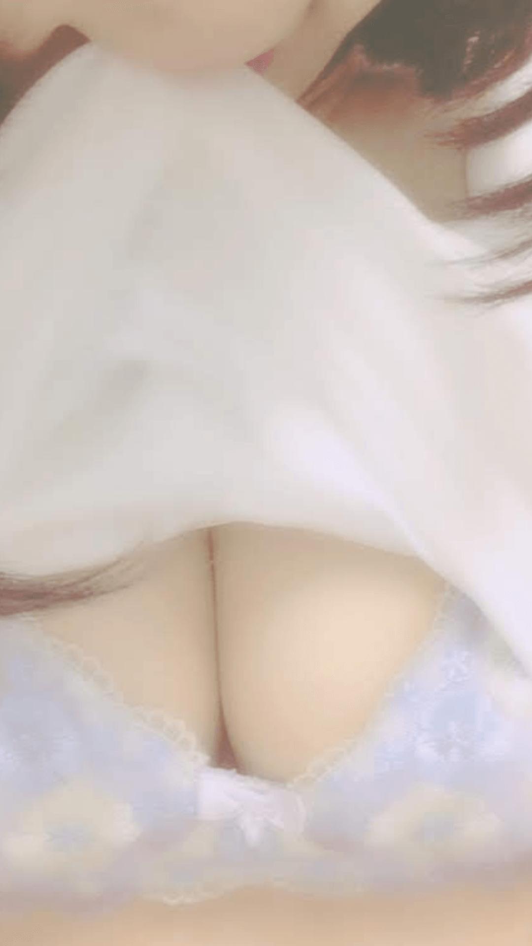 「出勤☆」08/03(火) 15:26 | すみれの写メ