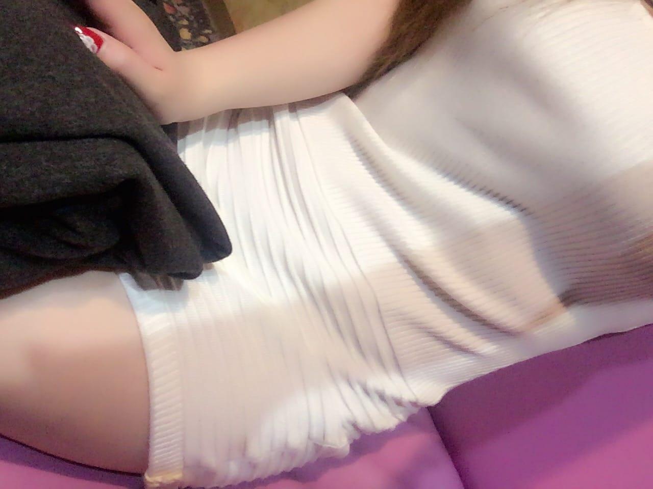 玲衣「ありがと」01/24(水) 07:52   玲衣の写メ・風俗動画